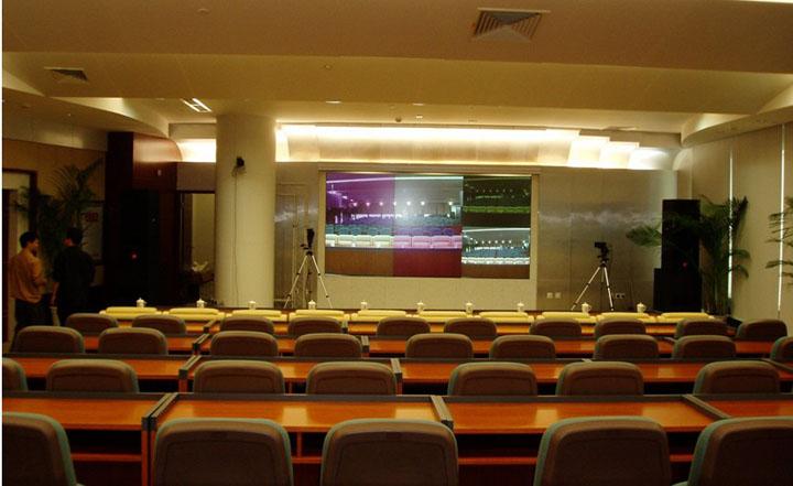 承揽演播室灯光,会议室灯光及声学装修设计