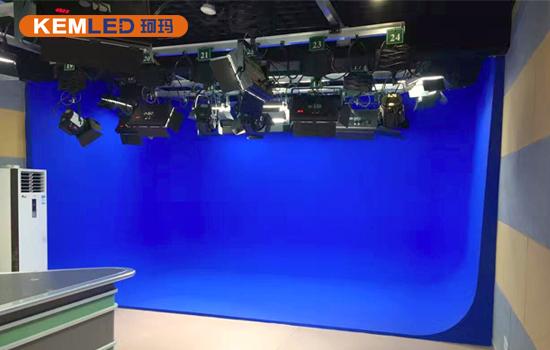 湖南衡阳日报社多功能演播室灯光图