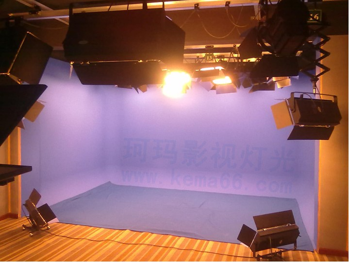 湖北赤壁电视台虚拟演播室灯光效果图一