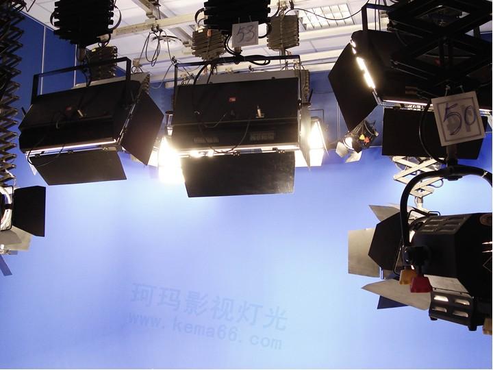 江苏常州武进虚拟新闻演播室灯光效果图四