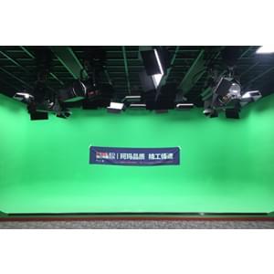 84㎡校园电视台综合演播室灯光设计方案