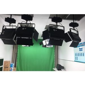 29㎡小型校园虚拟演播室灯光设计方案