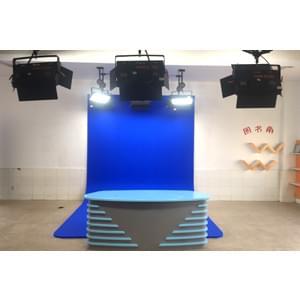 63㎡校园虚拟演播室灯光设计方案